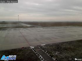 Náhledový obrázek webkamery Gyor - Pér letiště