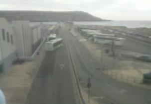 Náhledový obrázek webkamery Cirkewwa - trajekt, autobusové nádraží